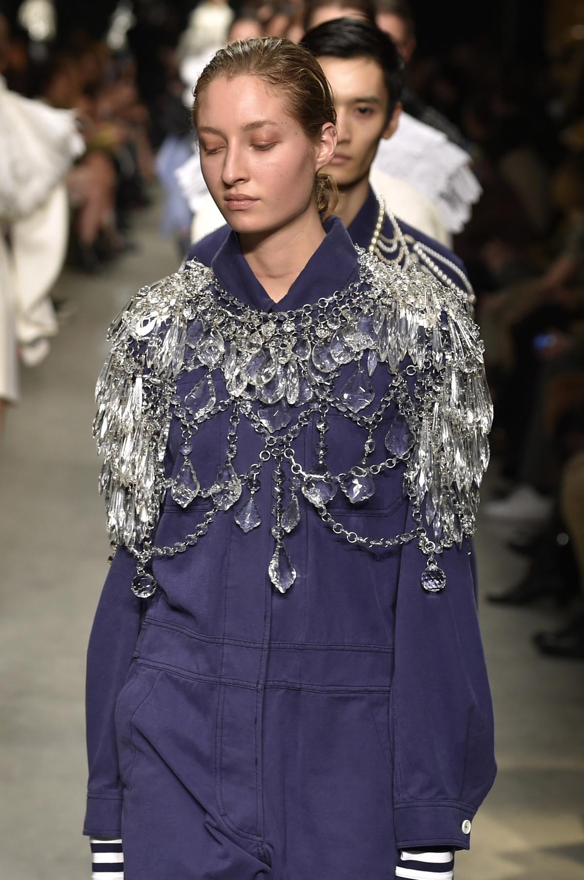 Szerettük a Versus Versace új printjeit.